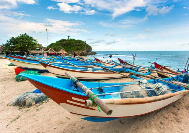 Perahu Nelayan Ciri Khas Pantai Drini