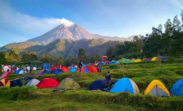 View Merapi Dari Camping Ground Bukit Klangon
