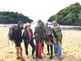 Camping Di Pantai Sedahan